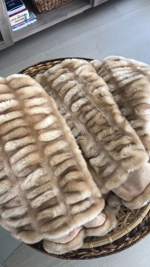Fur Blanket for Sale in Brooklyn, NY