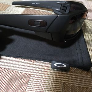 Oakley Gascan Sunglasses for Sale in Bloomington, CA