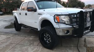 2013 Ford 150 Lifted for Sale in San Antonio, TX