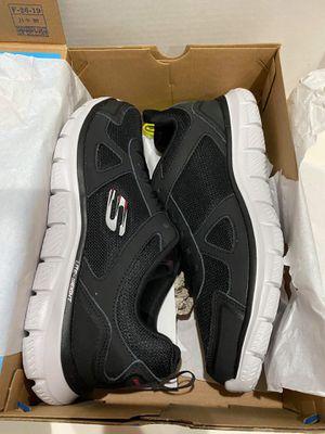 skechers men running shoe size 10 for Sale in Garden Grove, CA