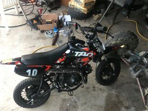 Dirt bike it's tao 110 cc 420 the to 350 for Sale in Cleveland, OH