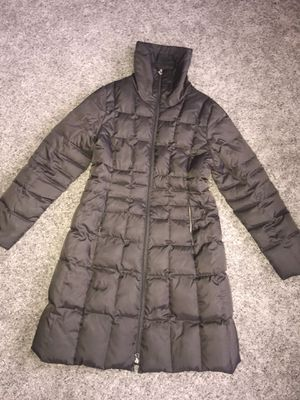 Laundry by Shelli Segal down winter Jacket Medium for Sale in Palos Heights, IL