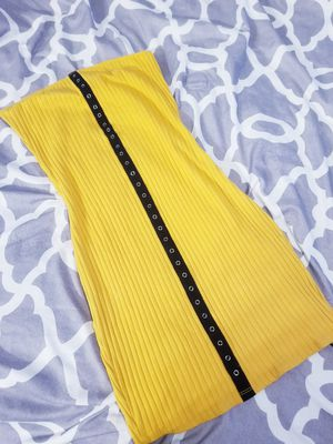 Yellow Dress for Sale in Dallas, TX