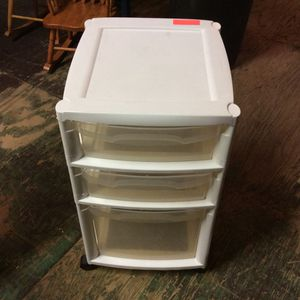 Plastic Storage Shelves Perfect for kids room for Sale in Bellingham, MA