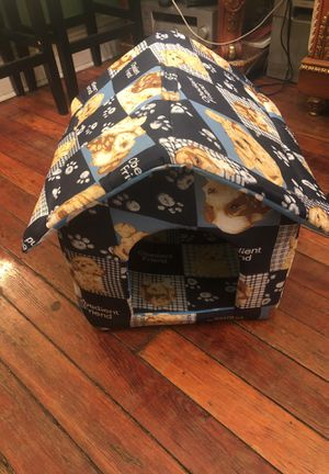 Dog house brand new for Sale in Brooklyn, NY