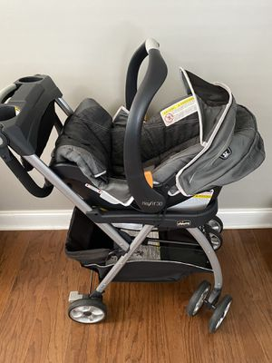 Chicco car seat and stroller system for Sale in Clayton, NC