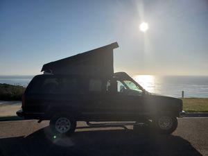 95 GMC Suburban K2500 w/ Westfalia pop top for Sale in San Diego, CA