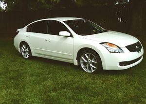 Everything works 07 Nissan Altima for Sale in Fort Erie, ON