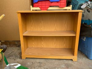 Small book shelf (2 shelves ) for Sale in Gresham, OR