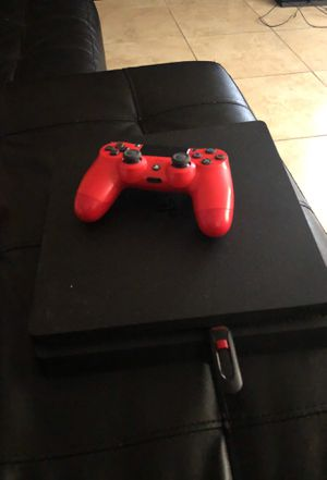 Ps4 slim it needs an update from a laptop or x box slim for Sale in Phoenix, AZ