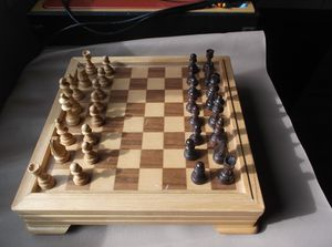REDUCED!! Wooden 5 Game Playing Board and Built In Storage for Sale in PT CHARLOTTE, FL
