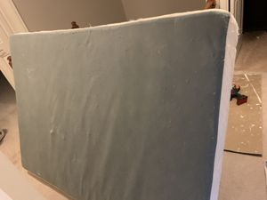 Free giveaway bed box, full size and twin size for Sale in Clifton, VA
