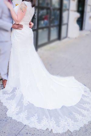 Wedding dress, size 10, worn once for Sale in Bradenton, FL