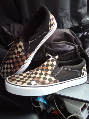Vans slip on shoes (BRAND NEW, never worn) size 10.5 for Sale in Auburn, WA