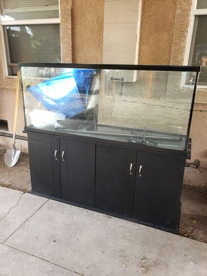 100 gallon Fish tank for Sale in Stockton, CA