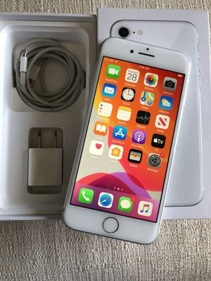 IPhone 8, 64gb UNLOCKED-(like new condition) $300obo for Sale in Clovis, CA