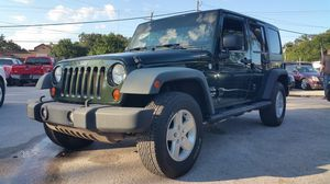 2011 Jeep Wrangler Unlimited for Sale in Tampa, FL