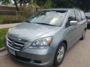 2005 Honda Odyssey Minivan V6 w/ tow hitch for Sale in Chicago, IL
