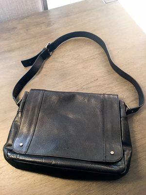 Kenneth Cole Black Leather Messenger Bag for Sale in Henderson, NV