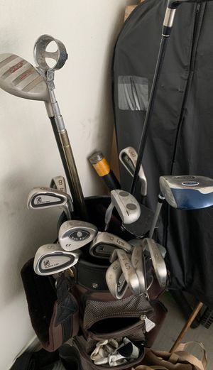 Lynk iron set, Taylor made driver, various putters for Sale in Phoenix, AZ