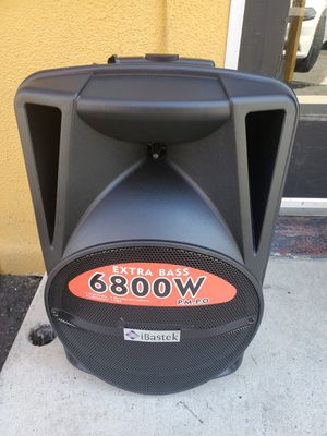 Bluetooth karaoke speaker/bosina special $100 for Sale in Fontana, CA