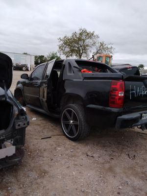 2007 Chevy avalanche for parts!!! for Sale in Grand Prairie, TX