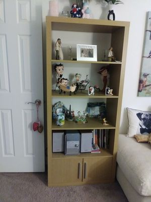 Shelf unit for Sale in Las Vegas, NV
