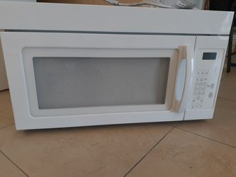 Whirlpool Microwave for Sale in Fort Myers,  FL