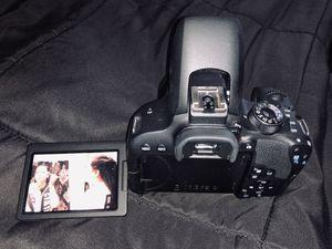 Canon EOS rebel T7i for Sale in San Antonio, TX