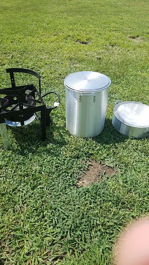 Turkey Deep Fryer for Sale in Fuquay-Varina, NC