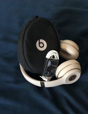 Beats wireless solo 3 for Sale in San Diego, CA