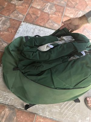 Tent hardly used almost new for Sale in Miami, FL