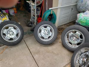 Gmc and chevy rims for Sale in Bronx, NY