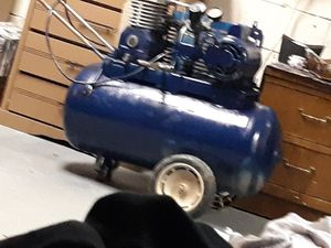 Air compressor 200 psi for Sale in Old Hickory, TN