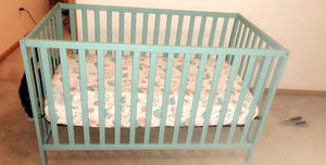 Baby crib with mattress for Sale in Columbus, OH