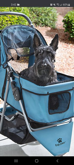 Top paws stroller for pets for Sale in Woonsocket, RI