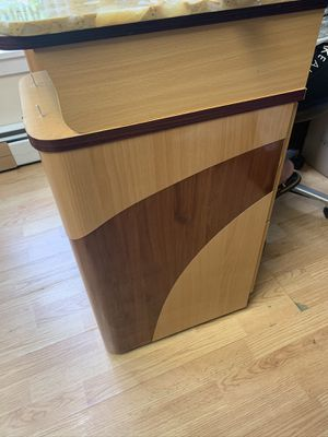 Manicure table for Sale in Lowell, MA