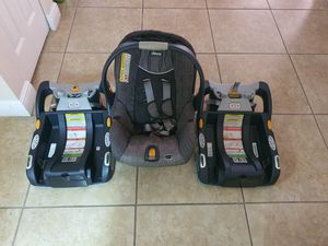 Chico Keyfit 30 infant Car Seat with two Car Bases for Sale in Fort Lauderdale, FL