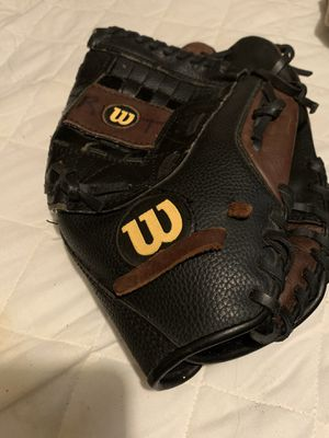 WILSON Softball/Baseball Glove for Sale in Tampa, FL