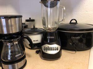 rice cooker, blender, crockpot, coffee maker for Sale in Honolulu, HI