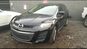 Mazda cx7 for parts out 2011 for Sale in Miami, FL
