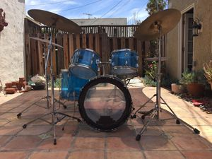 Ludwig Vistalite Drum Set (Classic) for Sale in Los Angeles, CA