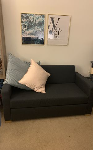 Blue pull out couch / sleeper sofa for Sale in Germantown, MD