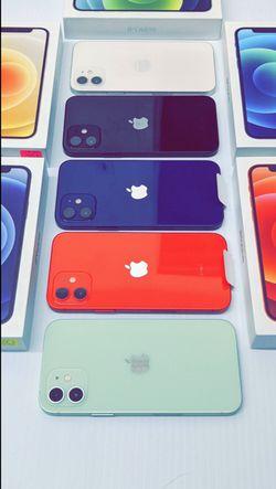 Apple iPhone 12 64gb Factory Unlocked - Like New! (30 Days Warranty) for Sale in Arlington,  TX