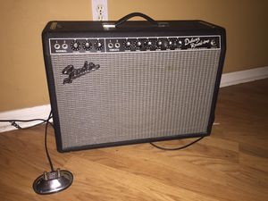 Fender '65 Deluxe Reverb 22-watt tube amp for Sale in Lutz, FL