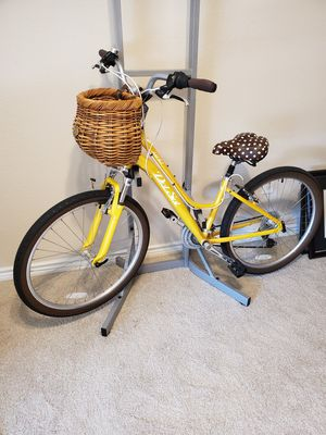 "14"" Yellow Cruiser Bike, great condition, good for short people! for Sale in Dallas, TX"