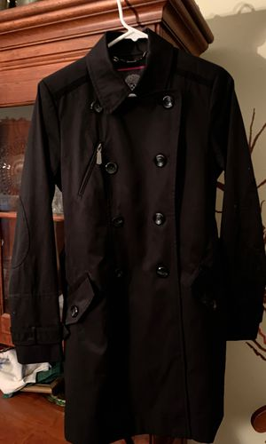 Vince Camuto woman's black size small raincoat. for Sale in Roanoke, TX