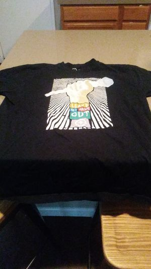 LRG t-shirt for Sale in Corona, CA