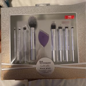 Real Technique Brush Set for Sale in Los Angeles, CA