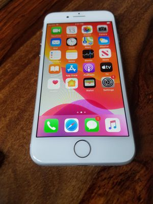 Iphone 8 64gb factory unlocked for Sale in Wood Dale, IL